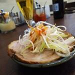 横浜家系らーめん りゅう - 料理写真:チャーシューはお摘みに。