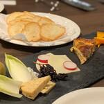 キングス クロス - チーズの盛り合わせ¥1200