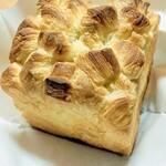 ジェミニ - 料理写真:デニッシュ食パン