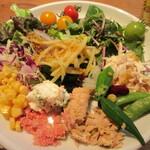 126087434 - 彩り野菜のベジビュッフェ