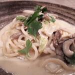 D'ORO - 牡蠣と白菜のクリームパスタ