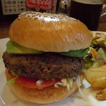 OATMAN DINER - Avocado Burger