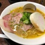 ラゥメン大地 - 貝出汁味噌(もぅにんぐぅらぅめん)