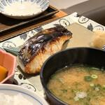 土鍋炊ごはん なかよし - 鰆の塩麹焼き定食