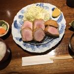 Buta inagaki - 特上ヒレカツ定食です