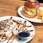 エース バーガー カフェ - パンケーキ、ハンバーガーともに美味!