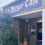 エース バーガー カフェ - お店の外観。