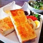 CAFE風 - いちじくトースト