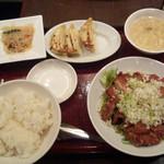新東京軒 餃子&定食 - 鶏の唐揚げ定食