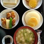 126150857 - ふろふき大根、胡麻豆腐、鶏の治部煮、薩摩芋煮