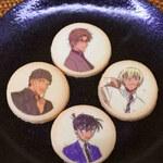 ユニバーサルスタジオストア - 料理写真:クッキーの柄も4種類。早速いただいてみると・・おいしい!こういうキャラクターのお菓子ってお味の方はいまいちだったりするんだけどUSJのお菓子は美味しいのが多いんだよねぇ。こちらもサクサクして美味しい!