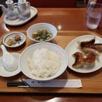 四川飯店 - 餃子 ライス