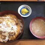 生そばきく家 - 料理写真:かつ丼730円です