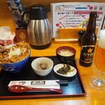 銀の舞 - 銀の舞豚丼ミックス Aランチ & ビール