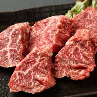 近江八幡から直接仕入れる特選ハラミは注文率90%!