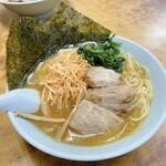 ラーメン 三和 - 料理写真:ネギ角煮ラーメン