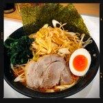 龍源  - 料理写真:赤みそ豚骨ねぎらーめん 950円
