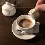 ムーン ファクトリー コーヒー - 深煎りブレンドCUP¥750