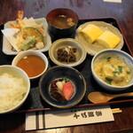 十二段家 - 上定食(2300円)