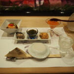 帆掛鮨 - 酒のアテたち & 冷酒(三千盛 吟醸)