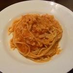 トラットリア・ラ・グロッタ - ベーコンとタマネギのトマトソーススパゲッティ