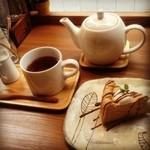 カフェ ケシパール - ケーキセットがあればなぁ〜
