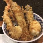 本町製麺所 天 - 海老、穴子、半熟玉子、蓮根、サツマイモ、ゴボウの天ぷら