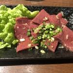 太田ホルモン - ハツ刺身