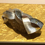 すし龍 - コハダの握り。                                 美味し。