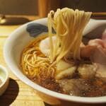 Japanese Ramen Noodle Lab Q - 清湯 全部トッピング(麺)