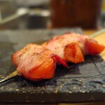 ヒヨク之トリ - トマトベーコン巻き