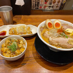 味噌麺処 豆醤 - 料理写真: