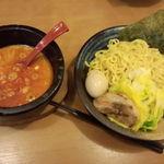 豊蔵 - 辛いつけ麺 880円