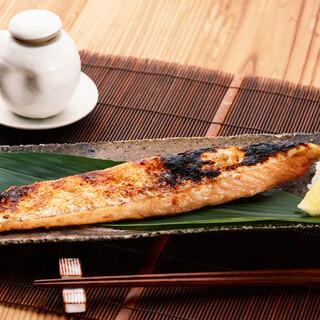 ボリューム満点のお得なランチ750円~!ご飯おかわり自由!
