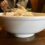 Shintaiki - 鶏しおそば 正面から