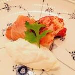 126293459 - 魚介類とモッツァレラチーズの老酒漬け
