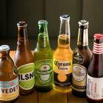 こだわり産直野菜と生パスタ ARK DINING - 飲みやすさに定評がある『コロナビール』や、チェリーベースで女性に人気の『リーフマンス』、大阪生まれのクラフトビール『箕面ビール』など多種多彩なボトルビールをご用意!