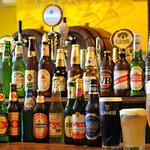 フットボール セルヴェセリア オンセ - 生ビール6種類にボトルビールを合わせて常時30種類以上を取りそろえ!