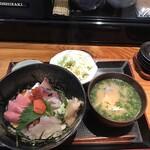 北海ひがし - 海鮮丼1000円!
