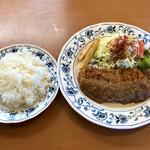 コックどーる - 料理写真:和牛ヒレカツ