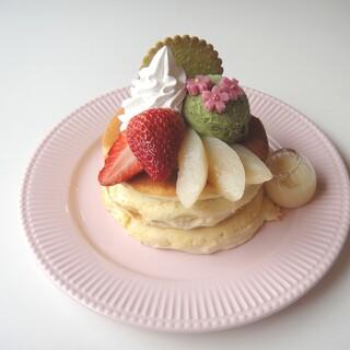 カフェ アリエッティ - 料理写真:春のパンケーキ 3月上旬〜