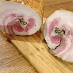 豚バラ肉のハーブロースト〜サングリアソース〜