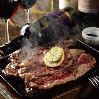九州の「ススキ牧場」から直送のリブロースステーキがおいしい◎