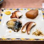 鮨処 多田 - 飯蛸の生卵 頭、墨と 足、醤油焼き 柔らか煮