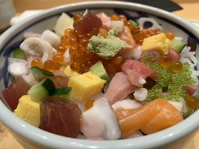 築地すし好 品川グランパサージュ店の料理の写真