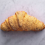 ブリオッシュ ドーレ - 2020年3月1日新メニュー発売!「きな粉とわらび餅のクロワッサン」