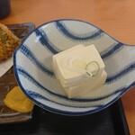 田舎の居酒屋 かじや - 小鉢(アジフライ定食)