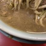 ラーメン すくえ屋 - 甘めのスープ