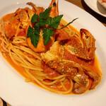 カフェ&レストラン BERG - 天使のエビとワタリガニのトマトクリーム