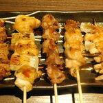 肉バル&ビアホール MeatBeer - 焼き鳥5本盛り合わせ(タレ)